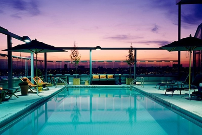 manhattans-best-hotels-with-swimming-pools