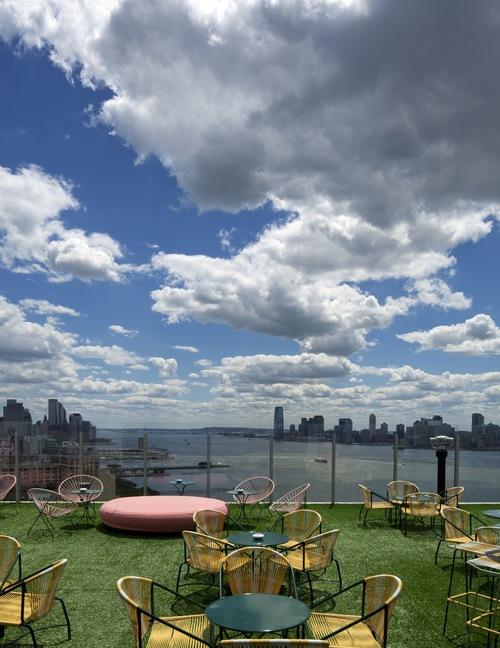 StndNY_LeBain_rooftop(ToddEberle)-thumb