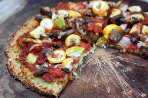 cauliflower-crust-pizza_