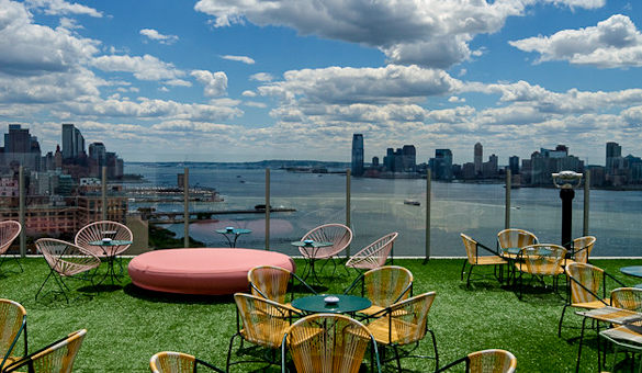 The Best {Rooftop Bars} In NYC