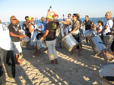 sag-main-beach-drummers