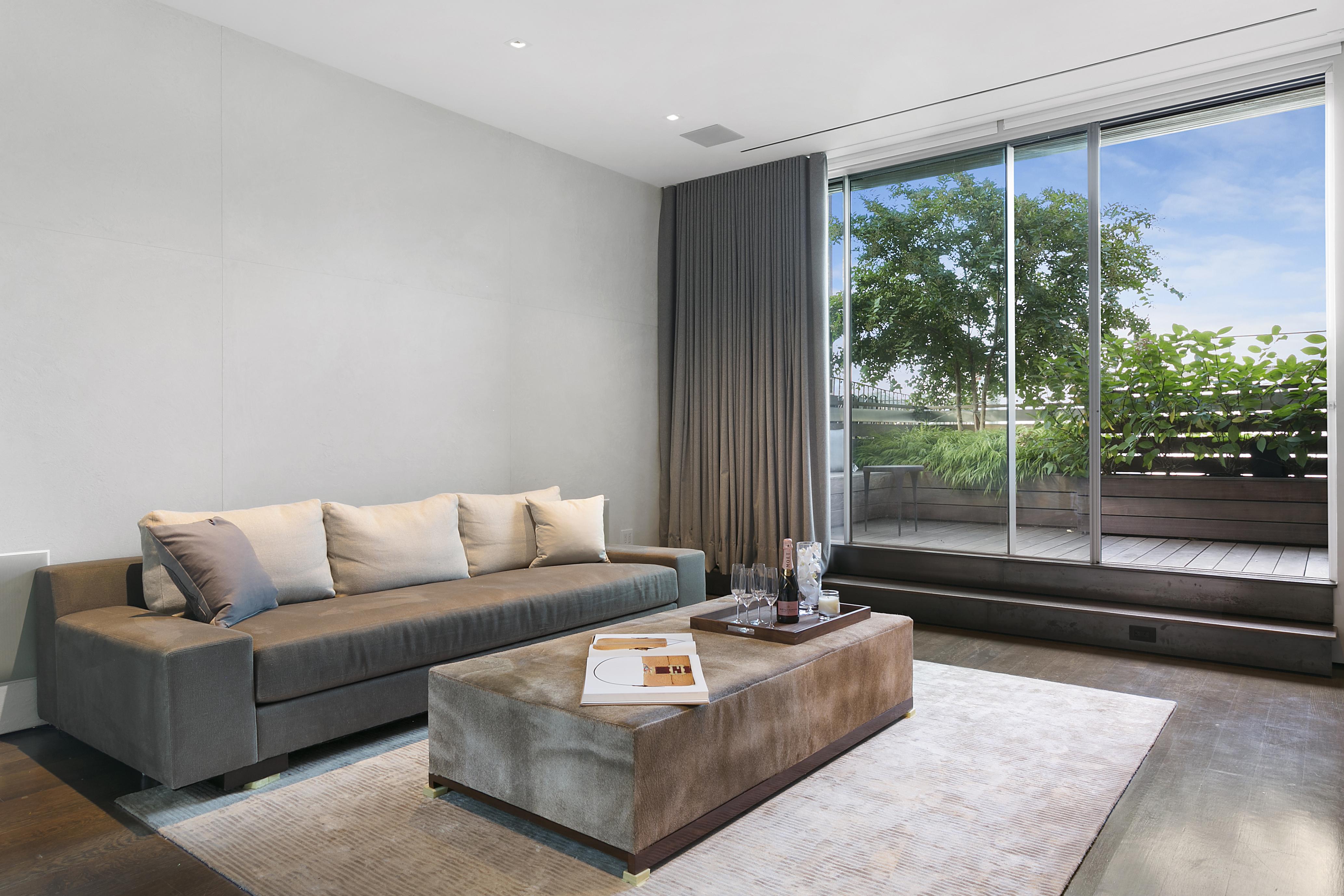 Media Room /Guest suite