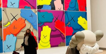 Kaws what Party, Booklyn Museum, Claudia Saez-Fromm