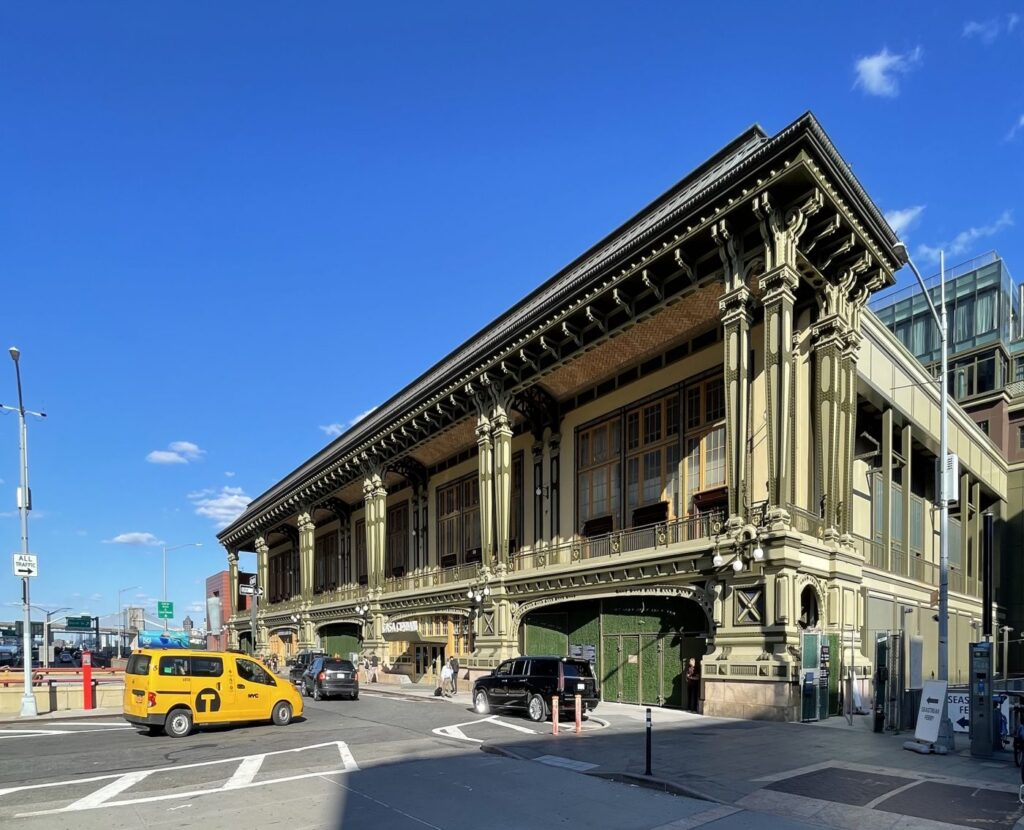 Exterior of Casa Cipriani in New York City