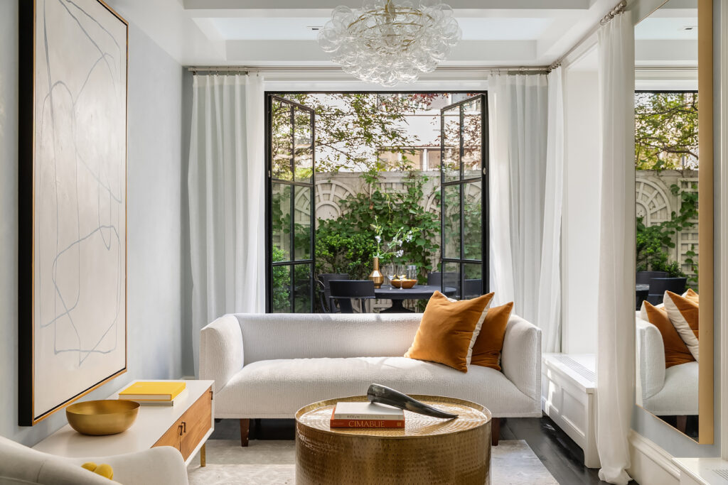 Family room of Upper East Side Townhouse